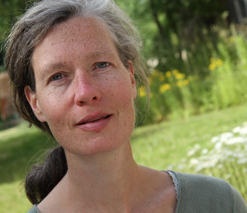 <b>Patricia Geyer</b> - Portrait-im-Hof